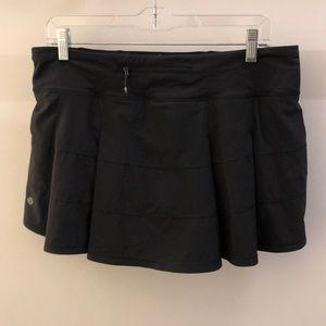 lululemon athletica Skirts - Lululemon black skirt, sz 10, 70926